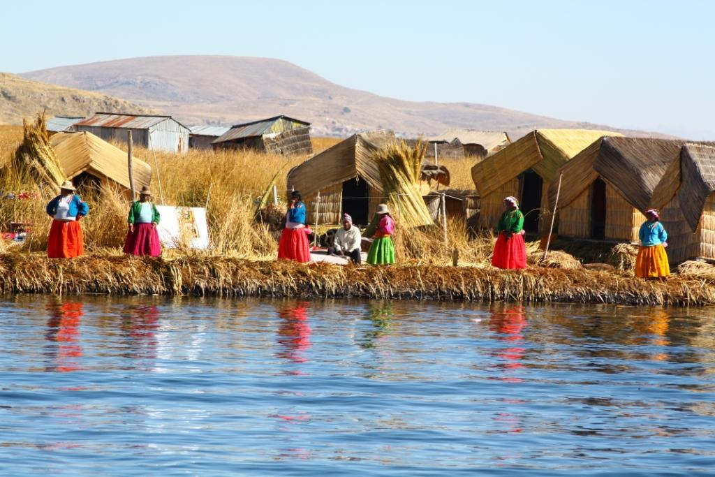 Iles Uros - Photo du village