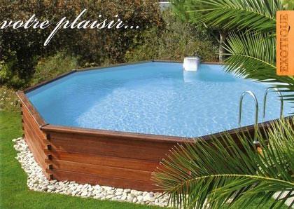 piscine jardin bois images et photos arts et voyages. Black Bedroom Furniture Sets. Home Design Ideas