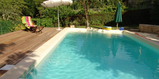 Infos sur piscine acier hors sol arts et voyages for Piscine dans sol