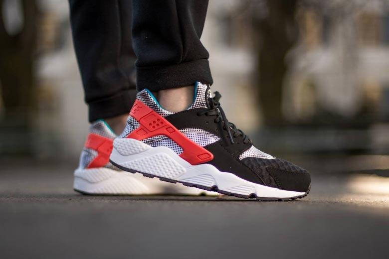Nike Air Huarache Run FB