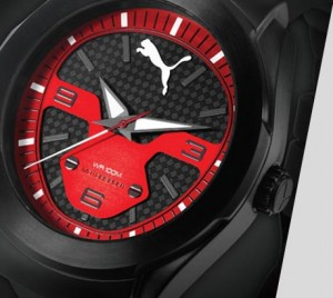 Montre Puma Rouge et noire pour homme