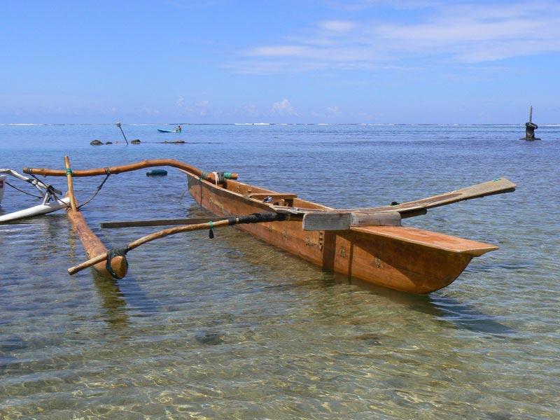 Pirogue polyn sienne vaa arts et voyages for Art et cuisine tahiti