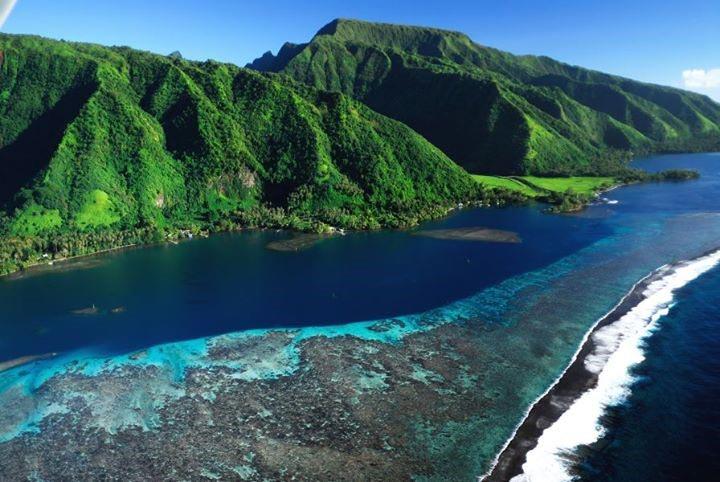 tahiti la plus grande le de polyn sie arts et voyages. Black Bedroom Furniture Sets. Home Design Ideas