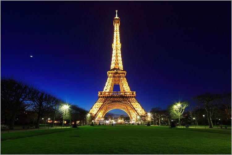 La tour eiffel arts et voyages - Poid de la tour eiffel ...