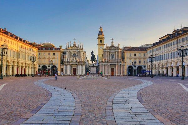 Piazza-San-Carlo-Turin