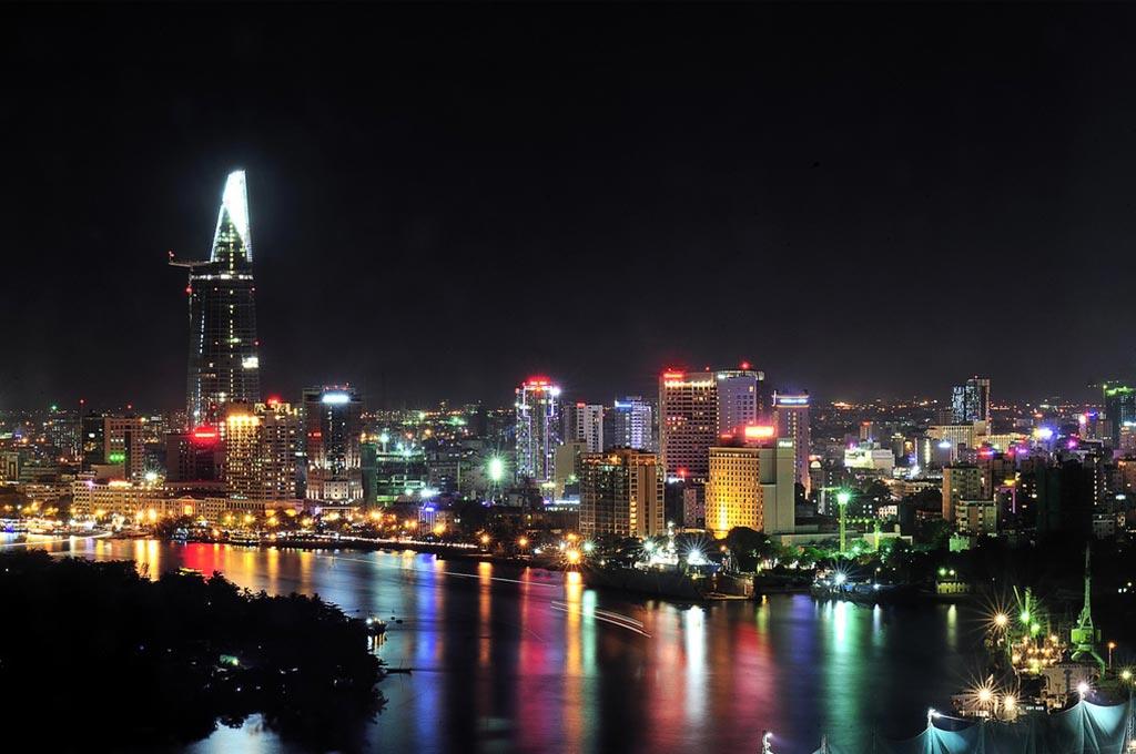 Ho-Chi-Minh-Ville-photo-de-nuit