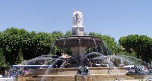 Aix en Provence - Fontaine de la Rotonde