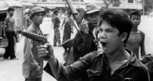 Les Khmers Rouges